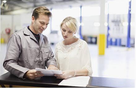 Centre auto : comment faire baisser sa facture ?